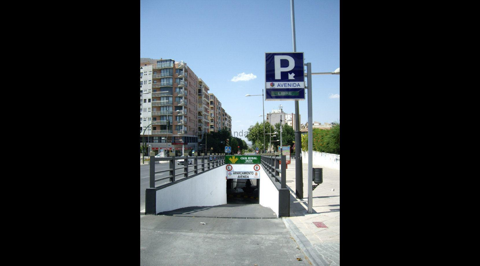 Plaza de parking 6 foto casa andaluc a for Plaza de parking alquiler